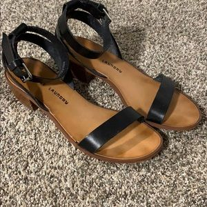 Chinese Laundry Block heel leather sandal